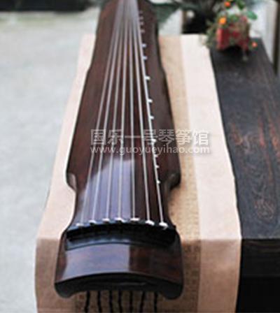 古琴价格-仲尼式练习古琴|老杉木仲尼式古琴价格-国乐一号古琴专卖门店